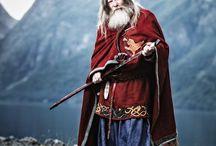 Скандинавский костюм мужской и женский