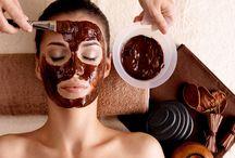 Face Masks For Healthy, Glowing Skin / 5 DIY Face Masks For Healthy and Glowing Skin #facemask #skincare #glowingskin #health #beauty #fixyouskin