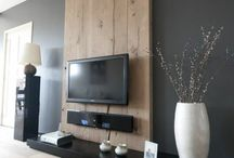tv space wood decor