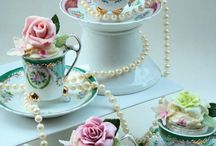 Easter Mad Tea Party / We're throwing A Mad Tea Party for Easter! Here are our mad ideas.