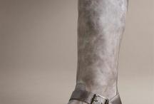 Clothes/Shoes/Accessories