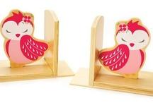 Cocoon Couture / Ingrid und Melanie's Kinder spielen eine aktive Rolle beim entwerfen der Produkte. Vom Design-Feedback über Produkt-Testing und dem schöpfen aus einer konstanten unerschöpflichen Quelle von Inspiration und wundervoller Vorstellungskraft!  Cocoon Couture Kollektion umfasst Kinder bean bags und einzigartigen Raum Accessoires.  Diese wunderschöne und einzigartige Designs von entzückenden Tier-Critters inspiriert von den Schätzen aus Ingrid und Melanies Kindheit.