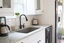 kitchen / by Leslie Wormworth