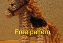 Free Horse Crochet Patterns / Make Your Own Horse With A Free Pattern found here by a variety of designers! Click on the pictures to get to the pattern :)  / by Sharon Ojala