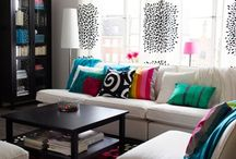women living room idea / by Gianni Catalina
