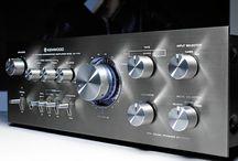 radio,s en versterkers en speakers