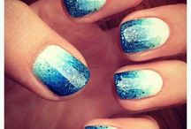 Nail art tons bleus