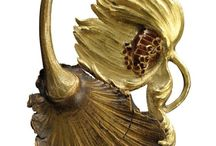 Art Noveau and Victorian Heirlooms / Art Noveau and Victorian Heirlooms