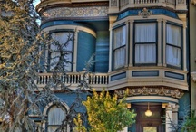 I love Victorian houses.... / by Carol J. Green