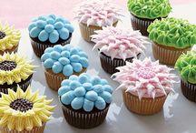 Cupcakes / by Vanessa Seegobin