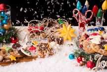 Holiday By Make'n Mold / Every winter, get into the holiday spirit with our Make'n Mold candy molds and supplies. Our festive molds will add holiday joy to any traditional cookie tray.  Gather around the kitchen and spread the cheer with every delicious bite.