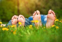 Bolesny problem - odciski / W gabinetach specjalistycznej pielęgnacji stóp za pomocą narzędzi rotacyjnych zostaje usunięty twardy naskórek, który buduje odcisk. Często zbieg należy powtórzyć w odpowiednich odstępach czasowych z zastosowanie pielęgnacji domowej. W wielu przypadkach , a zwłaszcza przy odciskach trwałych i nawracających powinna być prowadzona odpowiednia gimnastyka, fizjoterapia czy rehabilitacja. http://www.spainfo.pl/_artykul,spa-uroda-ODCISKI-BOLESNY-PR…