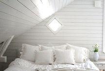 BEDROOM / by Jennifer Inglis