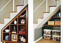 Espaço sob escadas