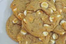 White chocolatey chip pumkin cookies