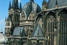Среденевековье архитектура