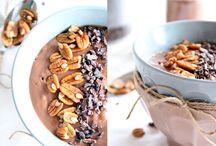 Kirschbiene kocht. Vegane Frühstücks-Ideen / Vanille-Haferporridge mit Chia-Nuss-Crunch