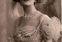 Victorian ladies / Viktorianske damer