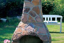 Tuinhaarden / De tuinhaarden van Nexo zijn handgemaakt. De basis is van puimsteen waar met de hand natuurstenen platen op vast worden gemaakt