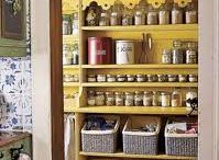 Pantry - Let's Get Organized / Part of our 30 Day Challenge