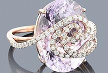jewelry / by Elizabeth Jacob