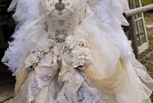 Costumes / Fabulous Costumes all over the world!