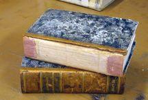 restauro e riparazione libri in cartonato e in brossura. / il più simile possibile all'originale.