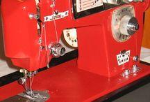 Beautiful vintage machines / Vintage sewing machines