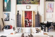 ART COLLECTIONS IN HOMES
