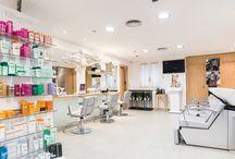 Ana Romero Estilistas / Salones de peluquería y belleza, hombre-mujer, situada en el centro de Albacete y en el Corte Inglés, cuidamos tu imagen desde 1986 y te ofrecemos toda nuestra atención y el mejor servicio.