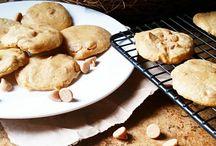 Peanut Butter Recipes / Recipes for Peanut Butter Lovers! / healthy peanut butter recipes, healthy peanut butter desserts