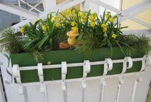 Puutarha / Puutarhan kasveja ja itsetehtyjä koristeita. Ideoita pihalle.  ( kierrätys, askartelu, puutarhaideat, tuunaus )