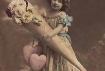 Post cards and beautiful old photo's: Children / Anzichtkaarten en oude foto's, van kinderen.