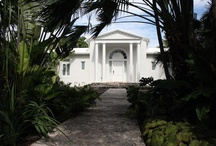 Mansion Rentals / How about a short stay in a luxurious mansion? Up to 13 rooms!