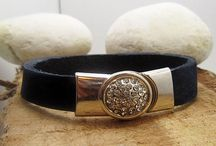 Womans bracelets / Womans bracelets, handmade, leather, gift for girlfriend