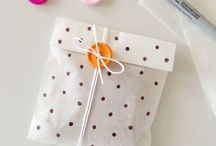 Celebrate - Gift wrapping / Not sure how to wrap your perfect gift?  Have a look at these different ways.