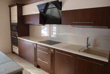 Konyha modern stílusban / A NaDe konyhabútoraiban minden megtalálható, ami egy lenyűgöző konyhában kell: tökéletes belső és esztétikus külső.