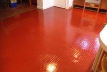 Vinyl Floor Cleaning and Sealing Cambridge / Cleaning and Sealing vinyl and rubber floors in Cambridge