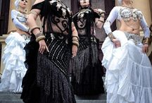 Fusion bellydance inspiration / tribal fusion dance / ATS / bellydance / costumes / hair / love!