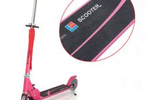 Fascol Teens/Adult Kick Scooter / These scooter use the new technology to make your kid safer while they get happiness.