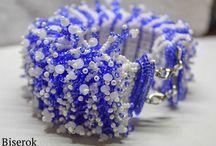 Браслеты и колье (жгуты) из бисера / Вдохновлялки: Техники и виды браслетов из бисера
