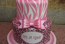 cakes i can create / by Lynette Ramirez