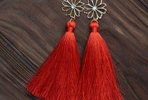 Thread earringd