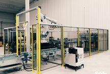 Damacana paletleme robotu 3000 adet şişe saat / Tara Robotik otomasyon tarafından devreye alınan bu sistemde 3000 adet şişe saat damacana viyollere paletlenmektedir.