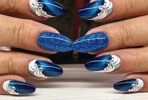 albastru flori