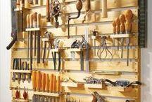 Dielňa s nástrojmi