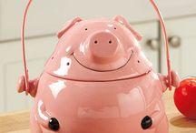 Piggy Kitchen ~ Compost Crock