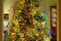 Christmas Trees / A seasonal overload of beautiful Christmas tree. I absolutely can not replicate these!