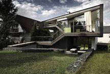 Desain untuk renovasi rumah dengan struktur baja