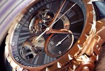 Watches: ROGER DUBUIS